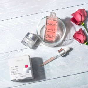 We are dedicated to using ground-breaking Ingredients that perfectly adapt to your skin.🌹  We combine only effective, clinically-proven actives and clean, unique formulas to help your skin restore, repair and rejuvenate.   Find out more at