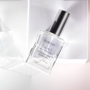 OurUltra-Fine Glow Facial Mist:  💧 Helps protect against free radicals and environmental stressors 💧Aims to illuminate complexion  💧Works to reveal soft skin  💧 Contributes to mattified skin